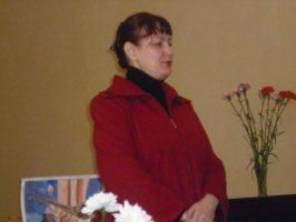 Литератуная гостиная гимназии № 1, 30.11.2010 г.Свои стихи читает Ольга Долина.
