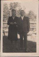 В.И.Плигунов  с супругой Екатериной Николаевной. Слобода Михайловка, 1948 г.