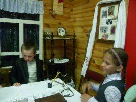 Экскурсия обучающихся и преподавателей Нижнеждановской средней школы Железногорского р-на, 12 мая 2011 г.