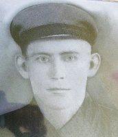Старший лейтенант В.В.Петренко, 1940-е г.г.